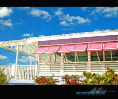 Romora Bay beach bar, Harbour Island, Bahamas.