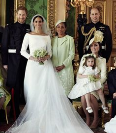 Royal Family Around the World: The Wedding of Britain's Prince Harry and US actress Meghan Markle at St George's Chapel, Windsor Castle on May 2018 in Windsor, England. Royal Wedding Harry, Harry And Meghan Wedding, Meghan Markle Wedding, Prince Harry And Megan, Prince William And Kate, William Kate, Prince Charles, Prince Henry, Estilo Meghan Markle