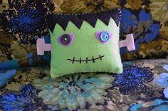 frankenstein halloween pillow
