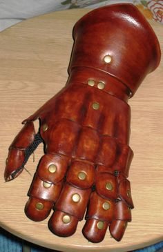 Fingered Gauntlets