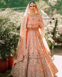 Bridal Dupatta, Lehenga Dupatta, Lehnga Dress, Anarkali, Sarees, Indian Bridal Outfits, Indian Bridal Fashion, Indian Bridal Wear, Indian Wear