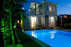 Le Torri Villas, 2 romantic villas with private pool, around nidri Villa With Private Pool, Villas, Romantic, Mansions, House Styles, Travel, Home Decor, Mansion Houses, Voyage