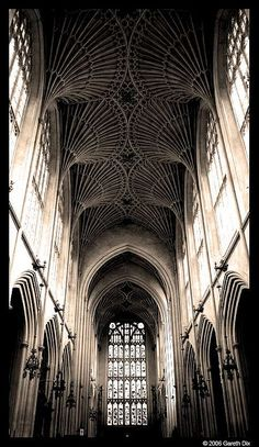 Gothic architecture of Bath Abbey, UK- I love fan vaulting