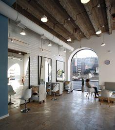 Home bar decor ideas awesome hair salon interior design new od blow dry bar Hair Salon Interior, Salon Interior Design, Studio Interior, Blow Dry Bar, Beauty Salon Decor, Beauty Salon Design, Beauty Bar, Tile Design, Design Design