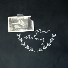 Grow Strong - Wall Decal