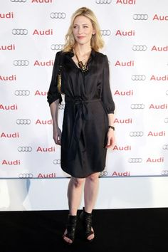 Cate Blanchett - Launch Of The New Audi LightHouse Showroom On South Dowling Street On August 20, 2009 In Sydney, Australia - 454 x 681