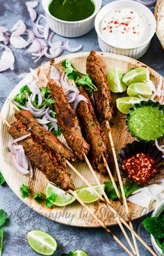 Delicious mutton seekh kebabs wrapped with some salad and dips in a tortilla is one of the most scrumptious weekend recipe. Wrap Recipes, Indian Food Recipes, Asian Recipes, Ethnic Recipes, Veg Recipes, Seekh Kebab Recipes, Seekh Kebabs, Kebab Wrap, Vegetarian Curry