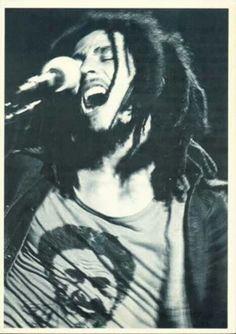 "Bob ""Nesta"" Marley live 1976, the RastaMan Vibration Tour."