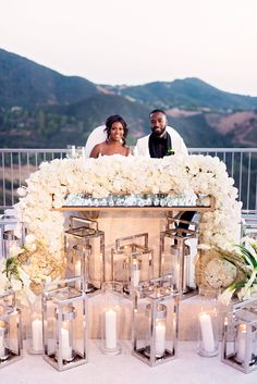 Floral Wedding Centerpieces Planning and Tips - Love It All All White Wedding, Elegant Wedding, Floral Wedding, Gold Ivory Wedding, Perfect Wedding, Wedding Goals, Wedding Planning, Dream Wedding, Wedding Centerpieces