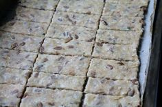 Ako pripravit zdrave krekry? Healthy Snacks, Healthy Recipes, Vegetarian Lifestyle, Bread And Pastries, Low Carb Keto, My Recipes, Health Fitness, Chocolate, Cooking