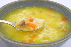La receta de esta sopa se creó con la idea de conseguir que los pacientes afectados del corazón que debían someterse a una operación urgente, redujeran toda la grasa posible en poco tiempo a fin...