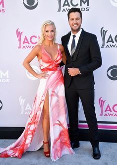 Caroline Boyer (L) and co-host Luke Bryan attend the 52nd Academy Of Country Music Awards at Toshiba Plaza on April 2, 2017 in Las Vegas, Nevada. (Photo by Frazer Harrison/Getty Images)