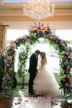 Wedding Arch DIFFRENT COLOR FLOWERS