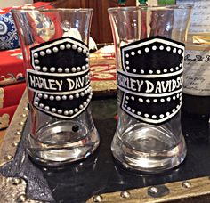 Decorated Wine Glasses, Painted Wine Glasses, Beer Mugs, Coffee Mugs, Different Types Of Beer, Honey Wine, Harley Davidson Gifts, American Beer, Unique Gifts For Men