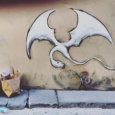 Fighting the dragon. (by Exit/Enter Firenze 2016) #streetartitaly #streetarteverywhere #streetartfirenze #firenze #firenzegram #florenz #florence #grafittiwall #grafitti #streetart #dragon #drache #stgeorge #stgeorg #stjordi #stgiorgio #streetartphotography #wallart @exit.enter #giorgio #georg #george #jordi