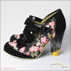 Flower doted shoes