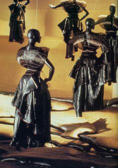 Issey Miyake Bodyworks Exhibition, 1983 www.oldlyric.com