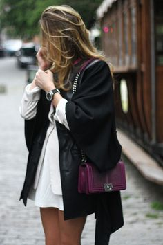 Chanel boy bag in plum