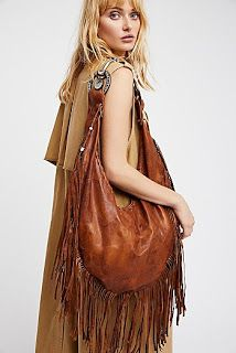 Shop Free People's beautiful boho bags, fringe purses, vegan totes, and more. Accessorize your outfit with a statement handbag that you could carry forever! Fringe Handbags, Fringe Purse, Fringe Bags, Purses And Handbags, Hobo Purses, Purses Boho, Look Boho, Bohemian Style, Boho Chic