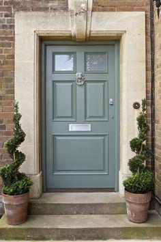 79_ExEg_Front Door2_L