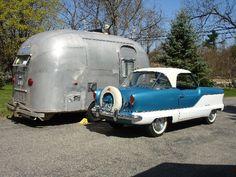 1957 Nash Metropolitan and 1961 Airstream Bambi Airstream Bambi, Airstream Campers, Camper Caravan, Vintage Airstream, Camper Van, Tiny Trailers, Vintage Campers Trailers, Retro Campers, Vintage Caravans
