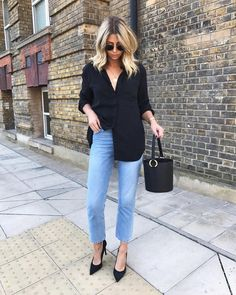 "11.5k Likes, 221 Comments - Emma Hill | EJSTYLE (@emmahill) on Instagram: ""Half tucked shirts and roots far past needing a 'touch up' there's that IDGAF attitude ▶️…"""