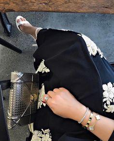 IG: Hebaljasmi    IG: BeautiifulinBlack    Abaya Fashion   