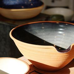 Stoneware batter bowls catching afternoon sun☀️ #brooklynmade #usamade #onemercantile #handmade #ceramics @newyorkstoneware