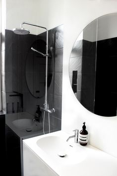 Bad Bathroom Lighting, Mirror, Furniture, Design, Home Decor, Bathroom Light Fittings, Homemade Home Decor, Mirrors