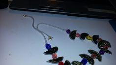 Collana  con cialde e perline  colorate
