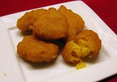 Corn Nuggets I might try these first! I'm just wanting corn nuggets! Corn Fritter Recipes, Corn Recipes, Easy Recipes, Copycat Recipes, Easy Meals, Healthy Recipes, Easy Corn Fritters, Good Food, Appetizers