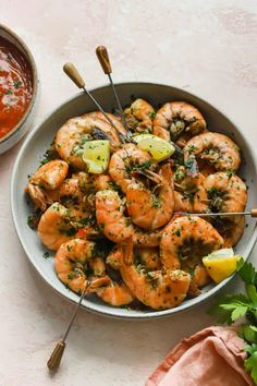 Sweet, juicy, succulent Old Bay shrimp are steamed over water and beer, then served with homemade cocktail sauce and a squeeze of lemon. The whole family will love them! #wellseasonedstudio #shrimp #oldbay #oldbayshrimp #steamedshrimp #steamed #shrimpphotography #foodphotography #shrimpstyling #foodstyling #whole30 #healthy #healthyrecipes Old Bay Shrimp, Cajun Shrimp And Grits, Cajun Salmon, Shrimp Recipes, Diet Recipes, Shrimp Meals, Shrimp Dishes, Diet Meals, Healthy Recipes
