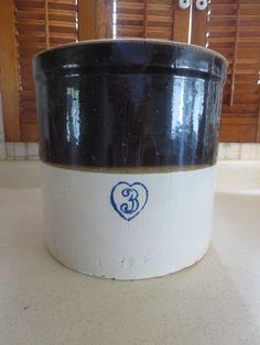 Two Tone Blue #3 Gallon Crock Old Heart Brand Burley Winter