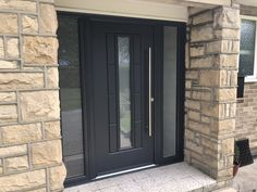 Rockdoor has been named the 'Rolls Royce' of doors. They have a security rating of 1 and are the most energy efficient door. We are Rockdoors trusted installer. Why not check out our range of Rockdoors on our website! Porch Uk, House Front Porch, Front Porch Design, Front Porches, Grey Front Doors, Front Doors With Windows, Grey Interior Doors, Composite Front Door, Contemporary Front Doors
