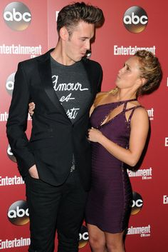 Nashville costars Sam Palladio and Hayden Panetierre had a red-carpet faceoff in NYC at ABC's upfronts party.