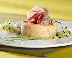 Mousse van rivierkreeftjes met Ganda-ham en bieslookcoulis - Colruyt Culinair !