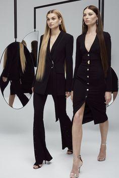 Colecciones: Cushnie et Ochs Resort 2018  Nos ha encantado!! Diseños femininos y modernos, elegantes y sensuales, sofisticados y refinados. Glamour en cada detalle. #fashion #style #love #beautiful #coleccion #collection #summer #verano #resort2018 #lookbook #chic #fashionista #glamour #designer #design #details #cushnieetochs