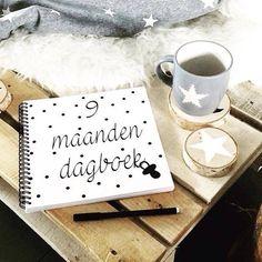 9 maanden dagboek zwart wit