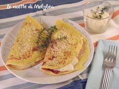 Le crespelle al prosciutto e formaggio sono un primo piatto ricco, gustosissimo e di semplicissima realizzazione. Perfette per quando si hanno ospiti a cena