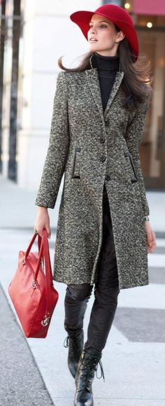 loving the floppy hats for winter.  Love everything about this outfit!
