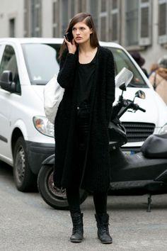 All black. Via LA COOL & CHIC