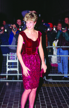 My favourite dress worn by Princess Diana. 1992 Valentino, lace and velvet. This short evening dress with its scalloped décolleté, from the designer's Couture Collection, was worn by the Princess to a Hong Kong gala evening at the Barbican London on 23 January 1992.