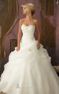 dream wedding dress<3