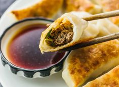 I love these homemade pan-fried Chinese dumplings filled with ground beef and sliced scallions. Also known as potstickers, they're fun to assemble, can be made ahead of time, and easy to cook. Beef Dumplings, Chinese Dumplings, Cooking Chinese Food, Asian Cooking, Appetizer Dishes, Appetizer Recipes, Appetizers, Dumpling Filling, Dumpling Dough