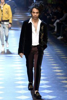 Dolce & Gabbana Autumn/Winter 2017 Menswear Collection | British Vogue