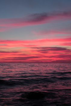 Pink sky at night, sailor's delight