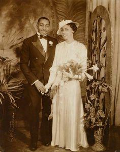 """1930's: """"Formal Ties""""  Photographer: James Van der Zee"""