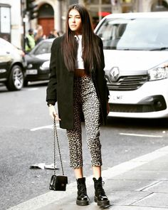 Madison Beer leaving the VEVO offices in London - 23 Oct 2018 – Celeb Central Estilo Madison Beer, Madison Beer Style, Madison Beer Outfits, Winter Outfits 2019, Winter Outfits For Work, Fall Outfits, Celebrity Outfits, Trendy Outfits, Cute Outfits