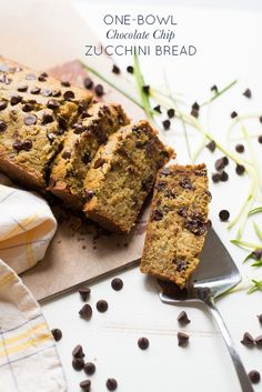one-bowl chocolate chip zucchini bread