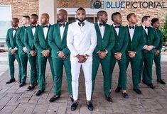 Emerald Green Weddings Groomsmen ` Weddings Groomsmen - New Ideas Country Wedding Groomsmen, Groomsmen Wedding Photos, Groom And Groomsmen Attire, Wedding Poses, Wedding Ideas, White Tuxedo Wedding, Green Wedding Suit, Wedding Suits, Wedding Tuxedos